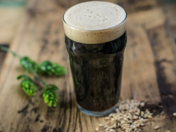 Debunking-the-Myths-Surrounding-Dark-Beer2-hero